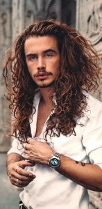 Best Curly Hairstyles For Men To Copy