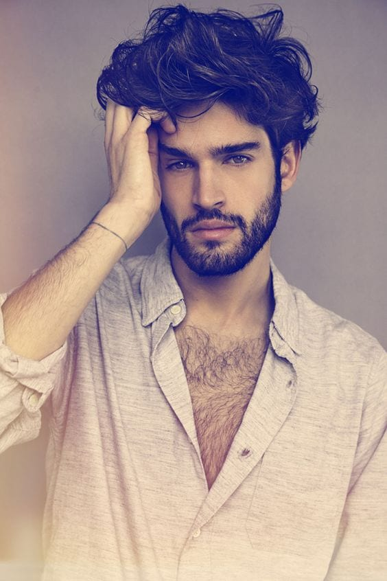 men-with-messy-hairstyles