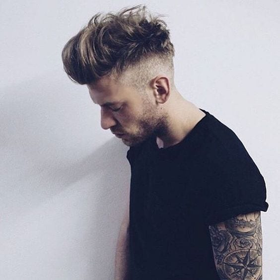 undercut-messy-hairstyle-look-for-men
