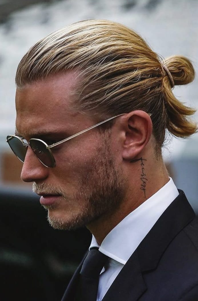 Amazing Ponytail Hairstyle For Men