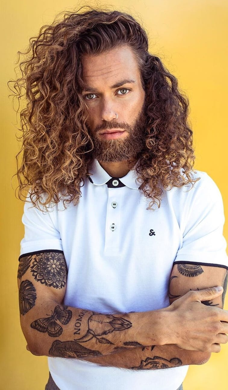 Long Curly Hairstyles for Men to try