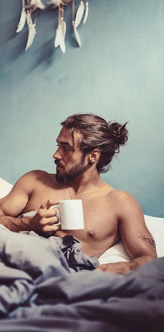 Perfect Ponytail Haircut For Men.