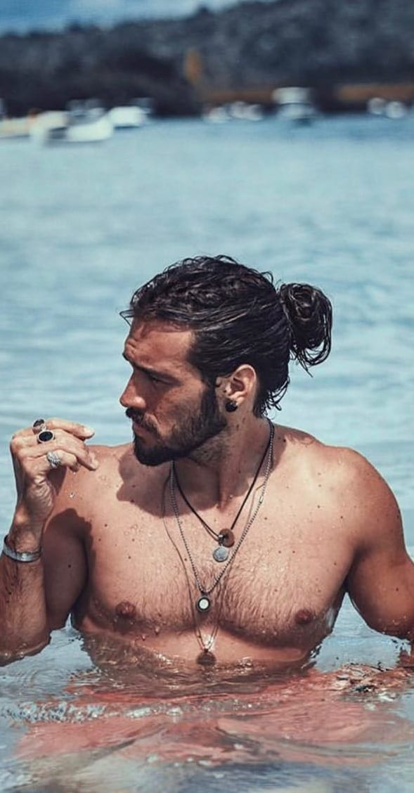 The Perfect Ponytail Haircut For Men