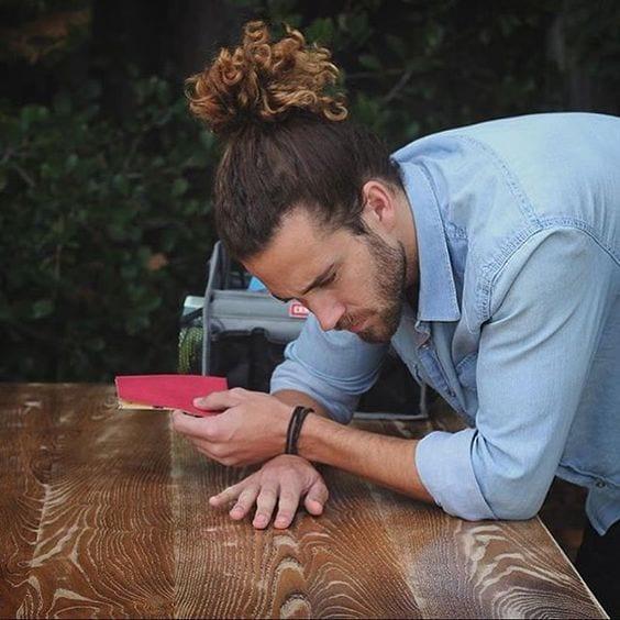 high-ponytail-curly-hair