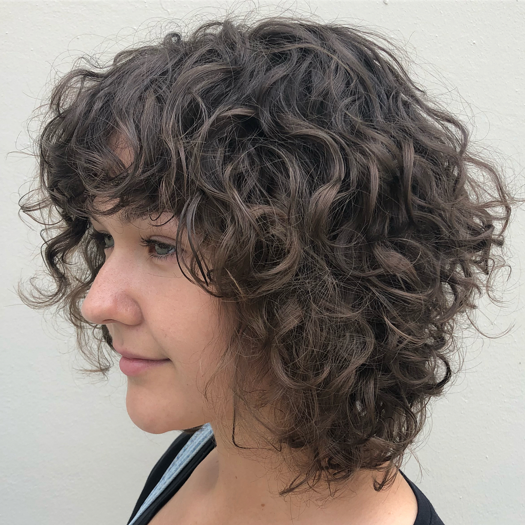 Must Try Medium Length Layered Haircuts For 2020