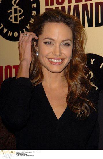 Angelina Jolie Wavy Hairstyle