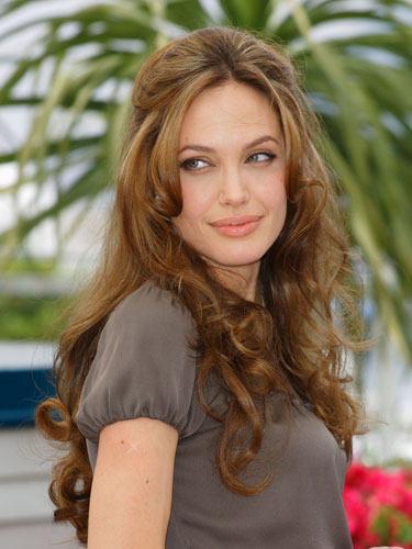 Angelina Jolie Page 2