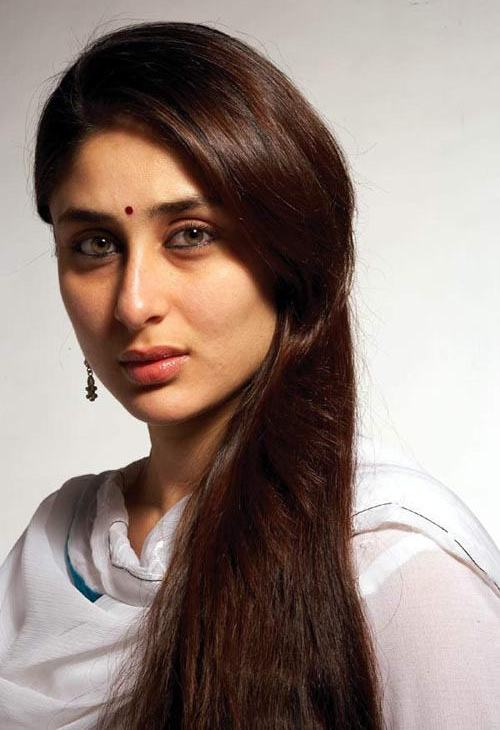 Lovely Hairstyle Of Kareena