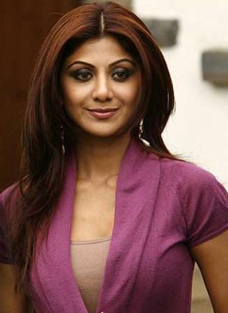 Shilpa Shetty Long Straight Hairstyle