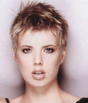 short spiky hairstyle women