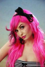 pink emo girls hairstyle