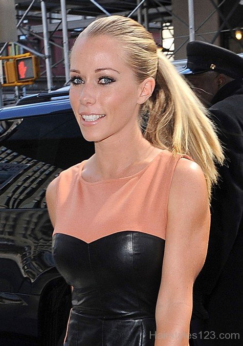Celebrity Hairstyles  Page 39