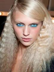 cute crimped hairstyles