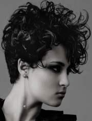 magnetizing short curly