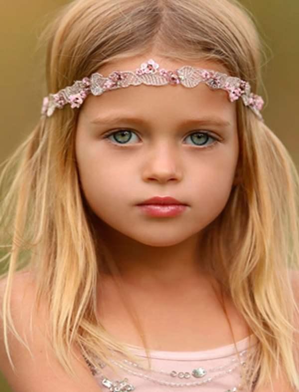 30 Medium Hairstyles Little Girls Hairstyles Ideas Walk The Falls