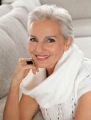 2018 short haircuts older women
