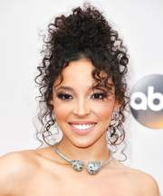 glamorous curly hairstyles