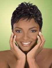 2018 short haircuts black women