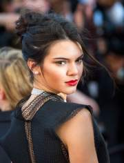 kendall jenner hairstyles & haircuts