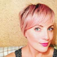 24 Chic Highlights For Short Hair  Pastel Hair Colors for ...