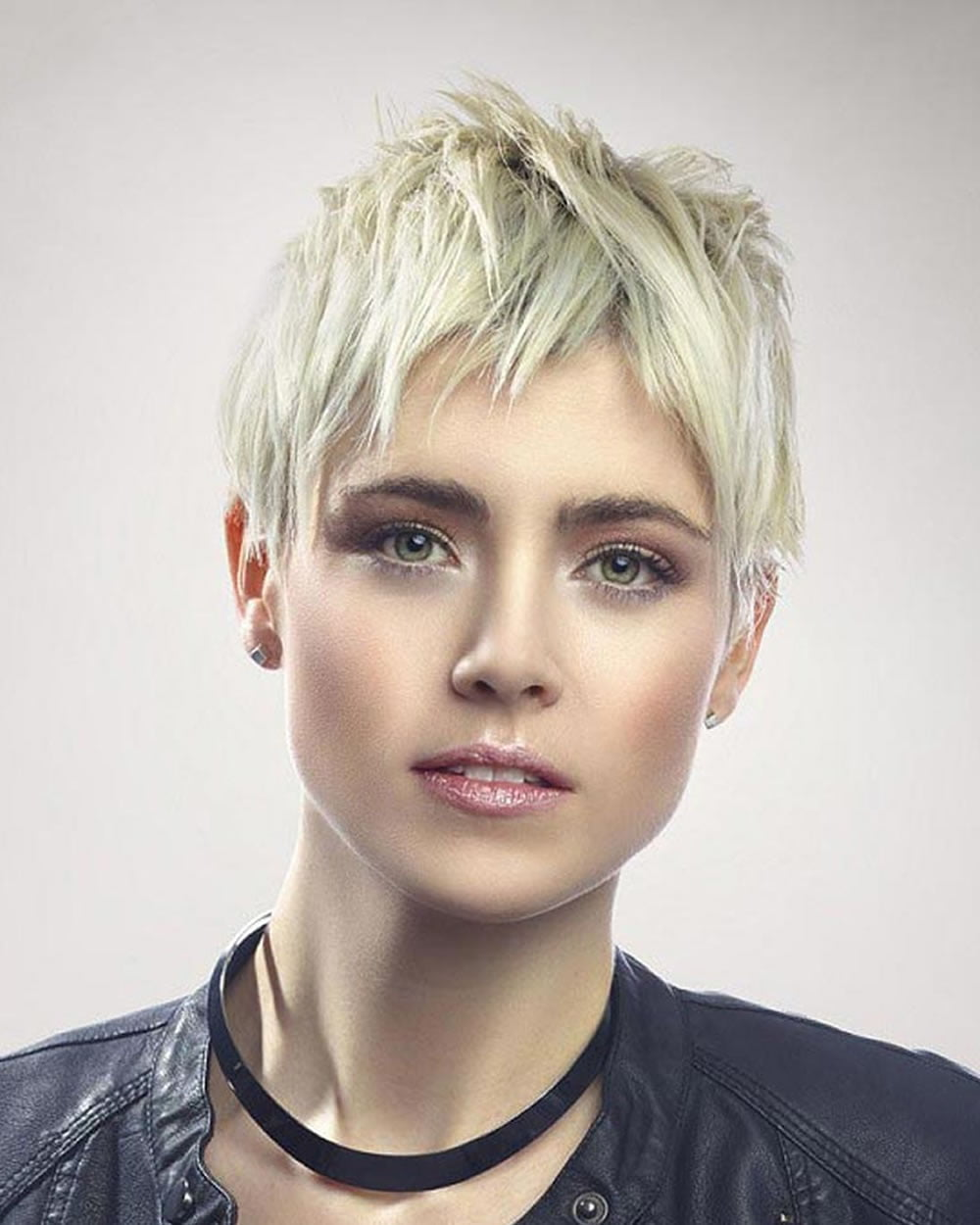 edgy asymmetrical pixie hairstyles