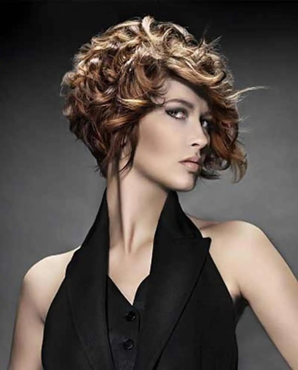30 Trendy Short Curly Hairstyles 2018 Hairstyles Ideas Walk The