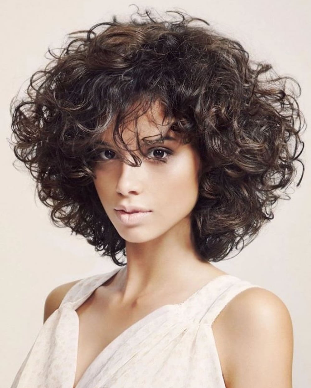 Curly or Wavy Short Haircuts for 2018 25 Great Short Bob