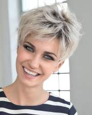ultra short hairstyles pixie