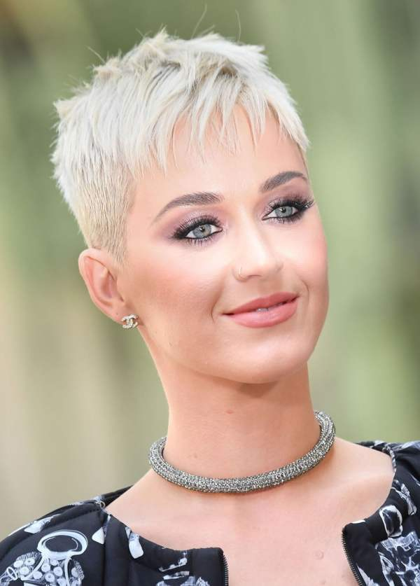 20 Katy Perry Pixie Haircut Pictures And Ideas On Meta Networks