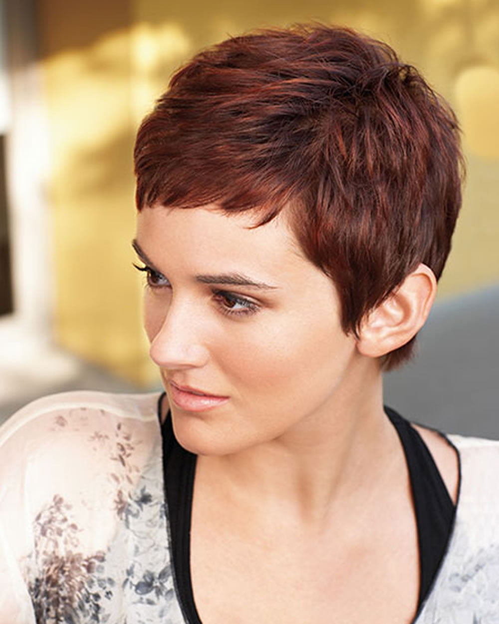 Feminine Short Hairstyles And Very Short Pixie Hair Colors