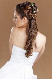 ponytail wedding hairstyle