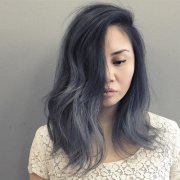 hair color trend women silver