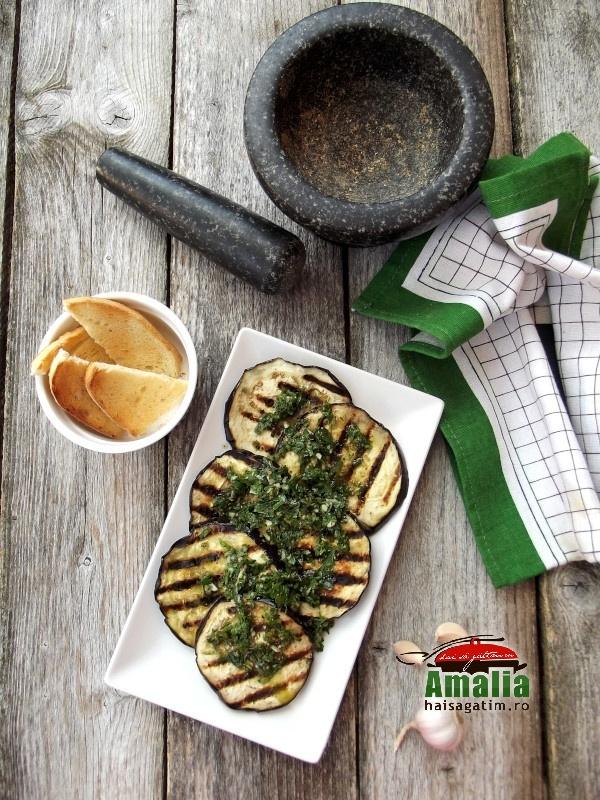 Salata de vinete cu sos chermoula 5