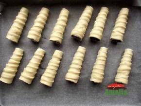 Cornete-cu-crema-de-vanilie-4