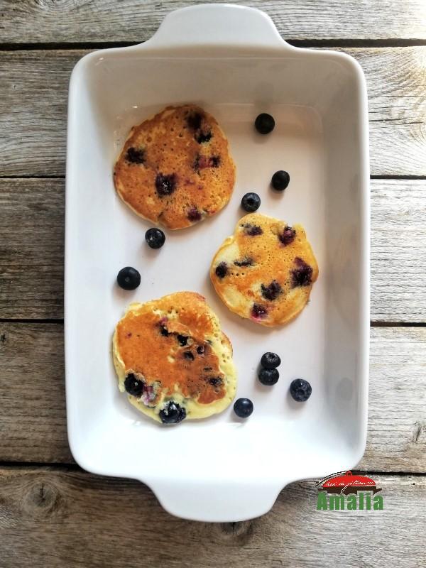 Pancakes-cu-afine-4