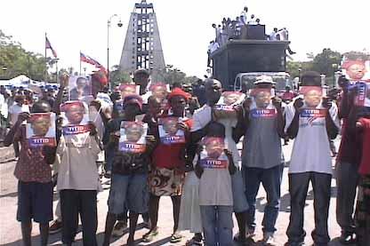 Haitians supporting Aristide