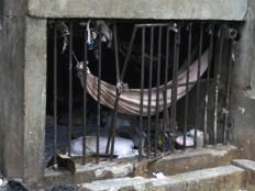 Haïti - Prisons : Pénitencier National, 0,5 m2 par détenu!