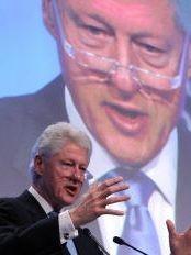 Haïti - Reconstruction : À Davos, Bill Clinton demande l'aide de l'Indonésie