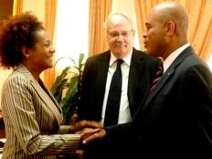 Haïti - Éducation : Michaëlle Jean confirme que l'UNESCO a des fonds pour l'éducation gratuite
