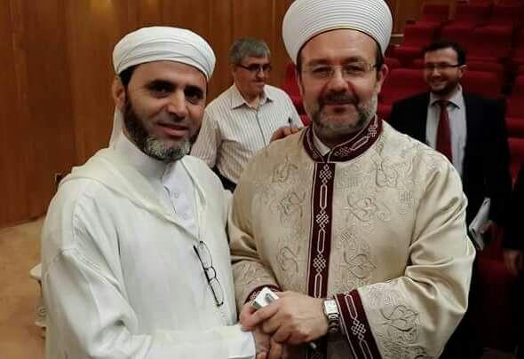 الصادق العثماني مع وزير اﻷوقاف والشؤون اﻹسلامية التركي