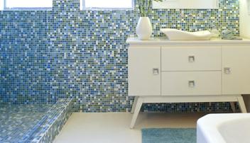 glass mosaic bathroom tile from hakatai