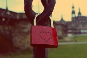 Lee más sobre el artículo El amor prohibido qué es y por qué es más intenso