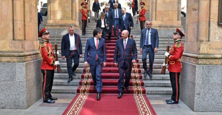 إستقبال الفايز الرسمي بمبني البرلمان الجورجي