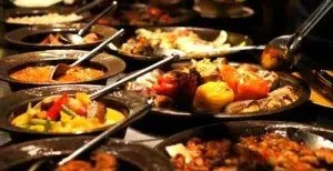 RamadanMonth-of-Fasting-or-Month-of-Feasting