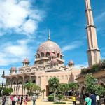 Hospitality Industry Needs To Understand Muslim Tourists` Psyche