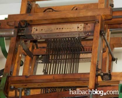halbachblog: Steuerung eines historischen Bandstuhles mit Lochplatten
