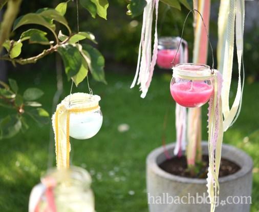 Dekoidee halbachblog. Wachswindlichter selber gießen, in Bäume hängen, mit bunten Bändern und Spitze schmücken