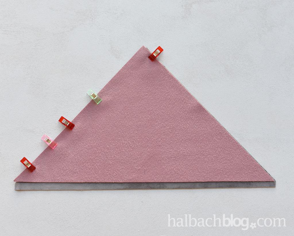 DIY-Anleitung Halbachblog: Geo-Kissen nähen aus Samt in Rosa, Rot und Grau