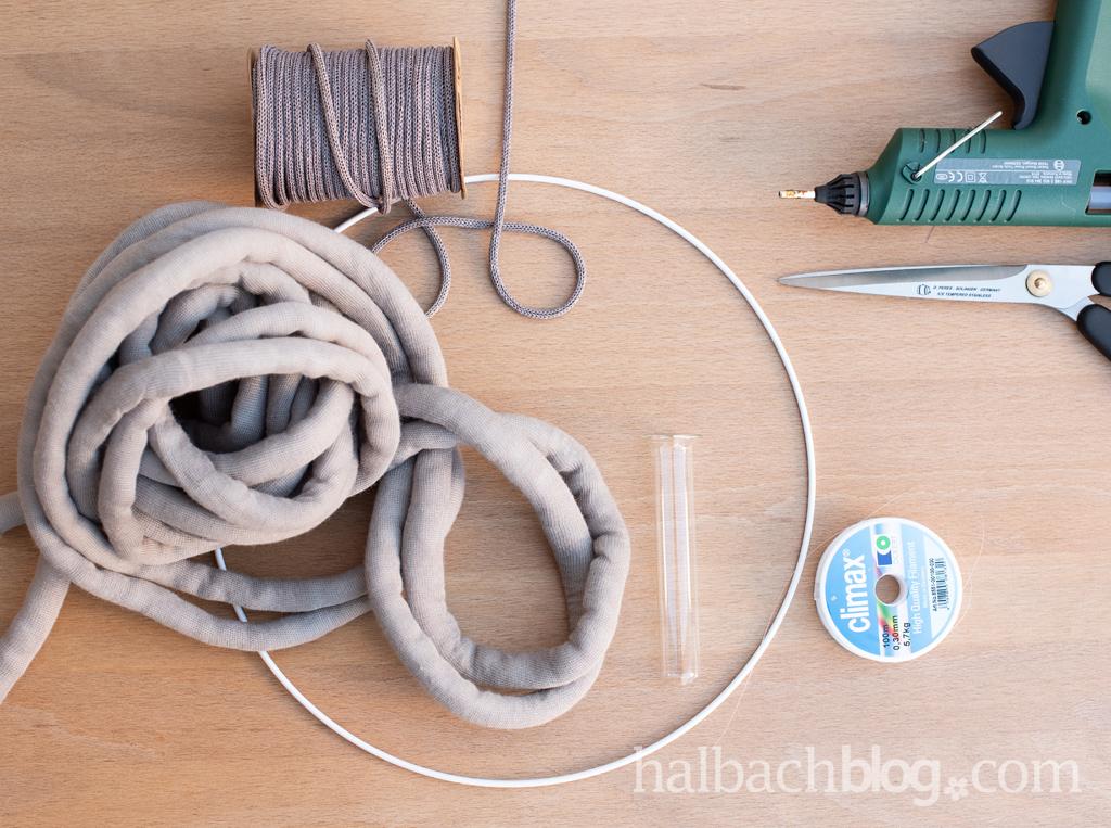 Halbachblog I Makramee-Kranz aus XL-Strickschlauch I DIY Anleitung I Material