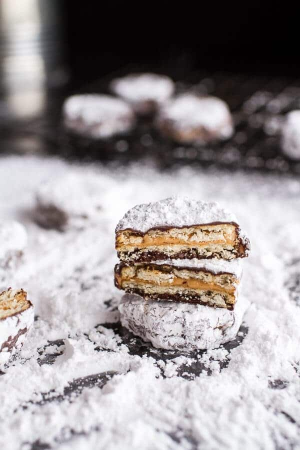 (Idiot Proof) 5-Ingredient Puppy Chow Ritz Cracker Cookies | halfbakedharvest.com @hbharvest